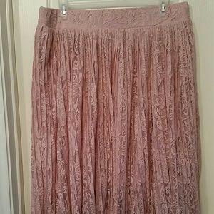 NWOT Torrid Size 2 Pleated Lace Midi Skirt Plus